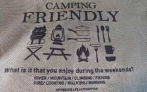 seriaのキャンプ用品を紹介した写真です。