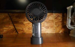 コールマンの本を買うとついてくるミニ扇風機の写真です。
