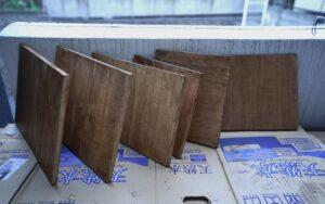 手作り木製燻製器を作ってキャンプを楽しむ動画です。