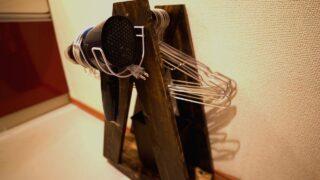DIYパパ必見の奥さん大喜びのハンガー整理ワゴンを作っている写真です。